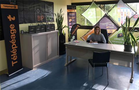 rencontrez votre agence de t l p age pr s de caen sur l. Black Bedroom Furniture Sets. Home Design Ideas